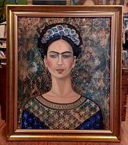 Oprawiona Frida.